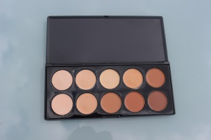 crownbrush concealer palette review (1)